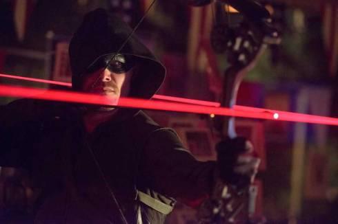 Arrow-Season-2-Episode-10-Blast-Radius