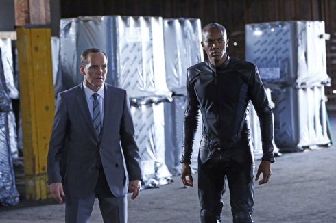 Marvel's-Agents-of-S.H.I.E.L.D.-Season-1-Episode-10-The-Bridge-4
